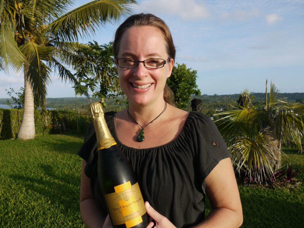 lisa-and-champagne